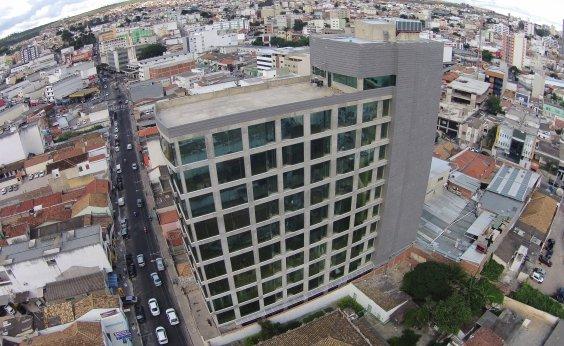 [Governo encerra contrato com hospital de Vitória da Conquista após encontrar irregularidades]