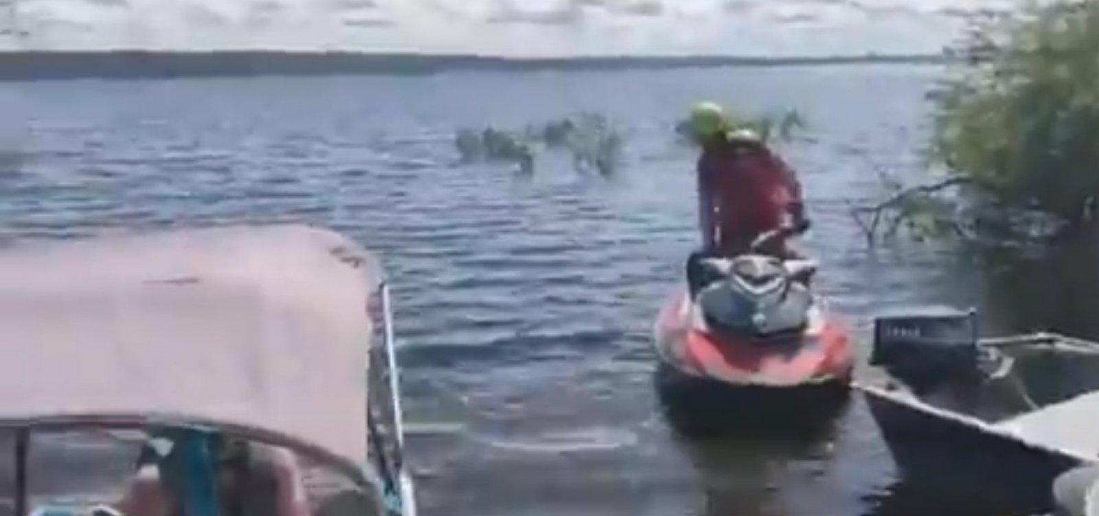 [Bombeiros encontram três corpos que podem ser de vítimas de naufrágio em Cabaceiras do Paraguaçu]