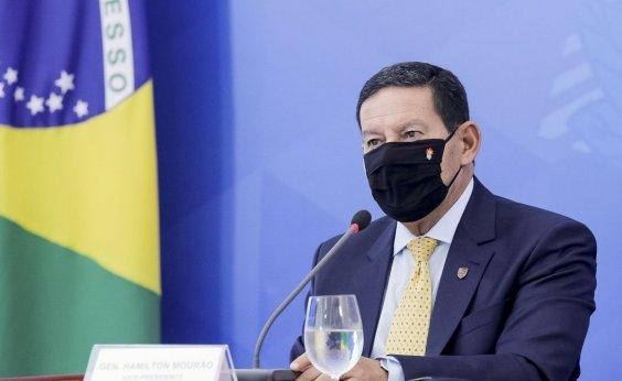 [Mourão afirma que combate a desmatamento na Amazônia começou tarde]