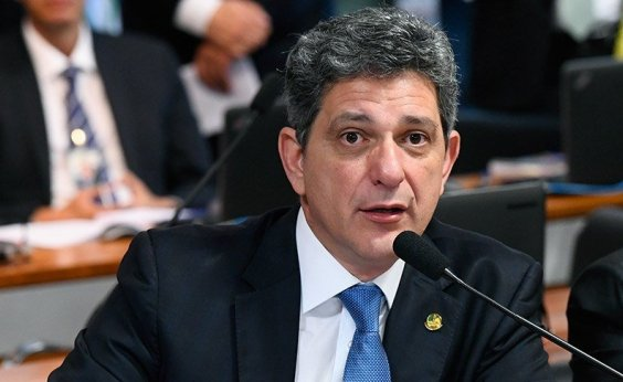 [Senador de Sergipe diz que apoiaria candidatura de Rui Costa a presidente da República]