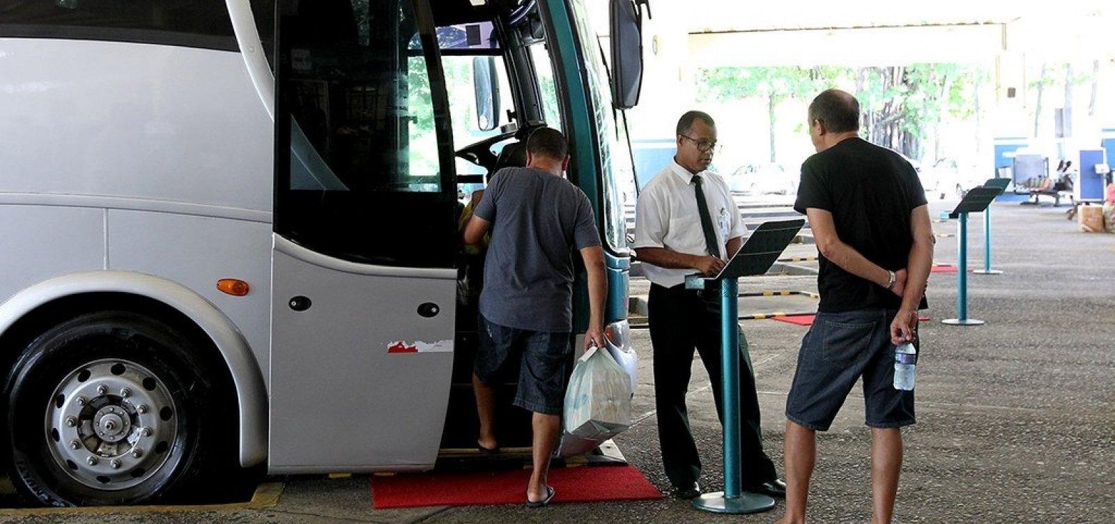 [Mais duas cidades têm transporte suspenso na Bahia; total chega a 373]