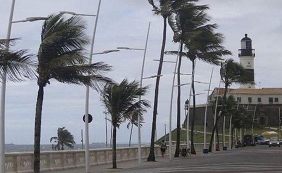 [Marinha alerta passagem de frente fria com ventos fortes entre Caravelas e Salvador]