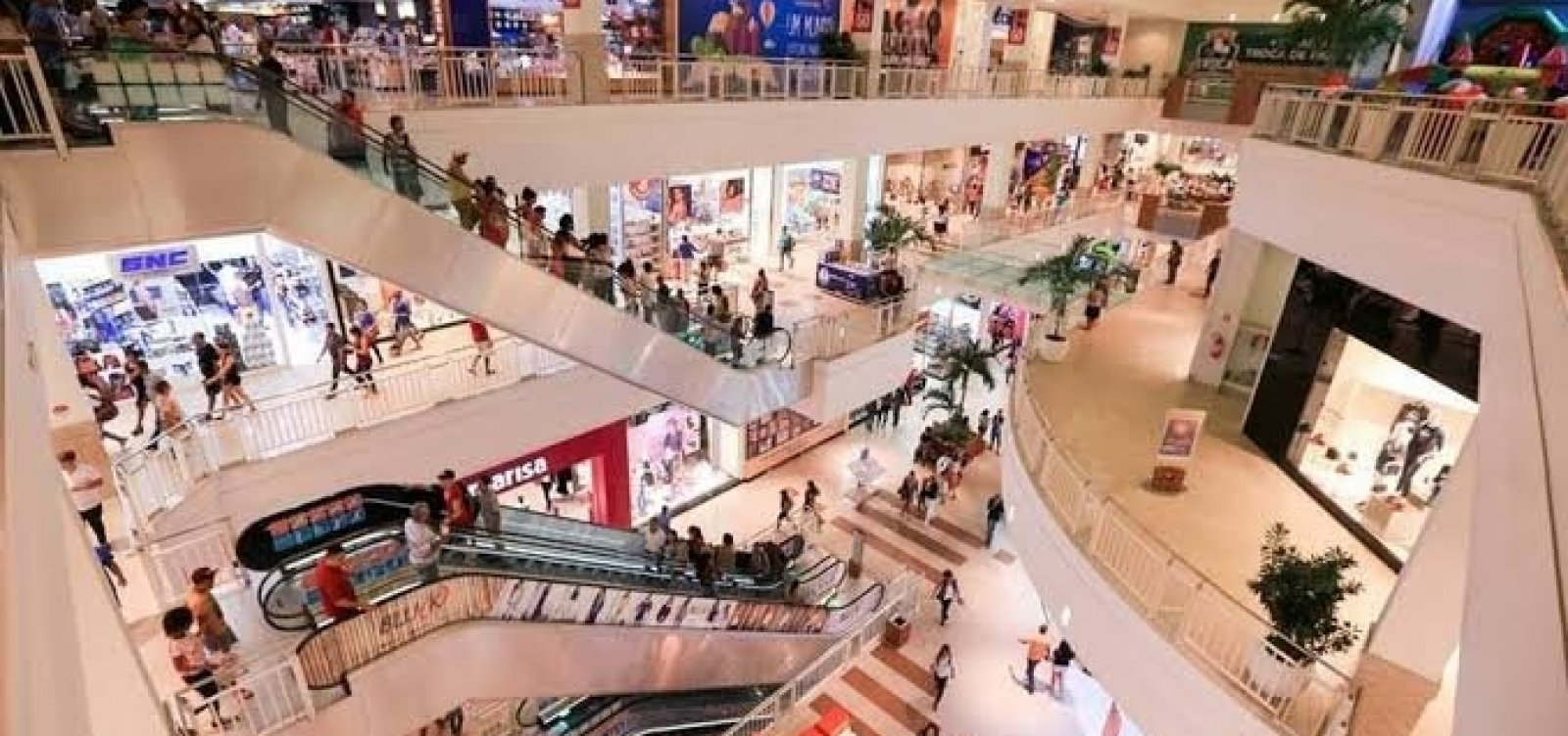 [ACM Neto recua e diz que lojistas de shoppings só serão testados se houver sintomas]