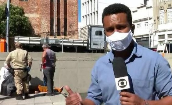 [Repórter da Globo entra na água e salva funcionário da prefeitura eletrocutado]
