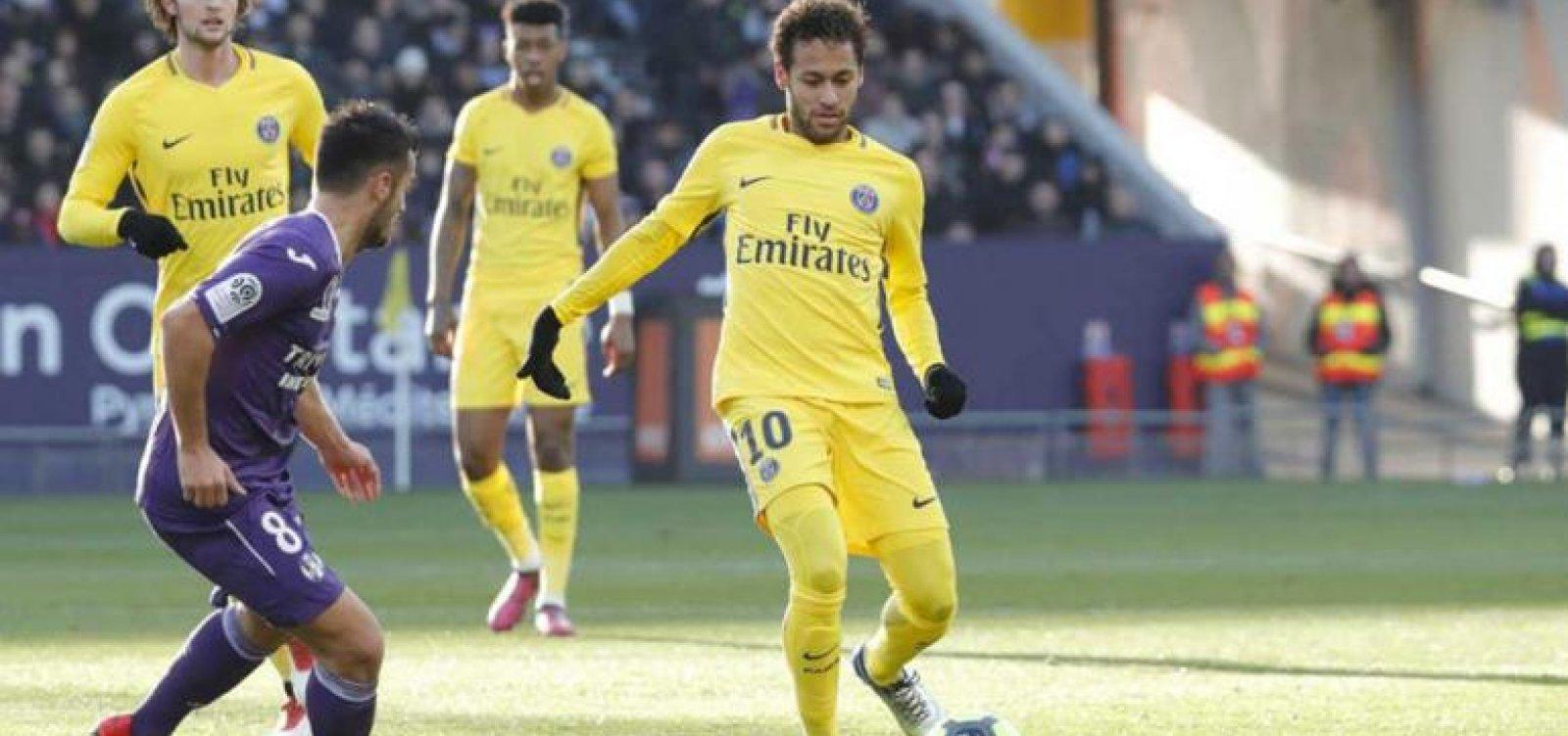 [Netflix compra direitos de transmissão da Ligue 1, competição de futebol da França]