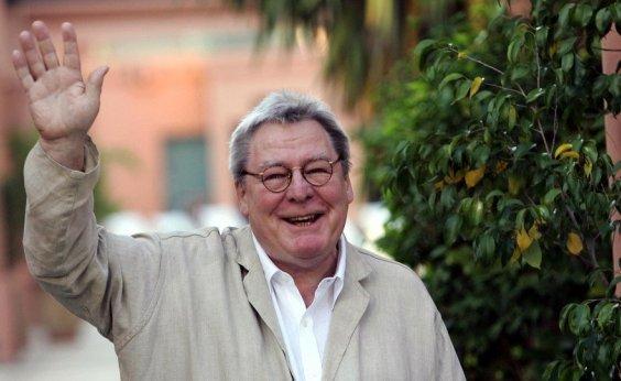 [Diretor de 'Expresso da Meia-Noite', Alan Parker morre aos 76 anos]
