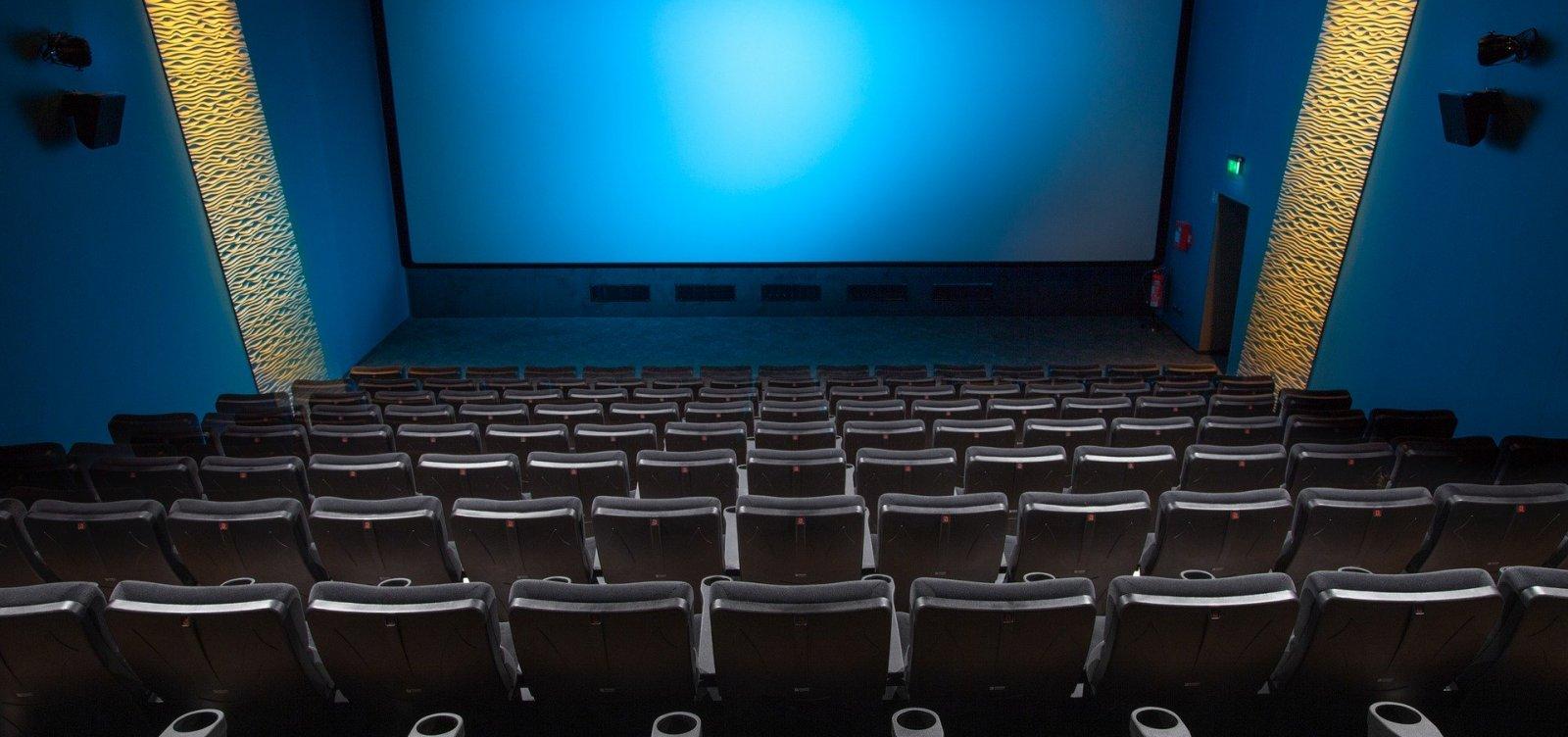 [Ministério da Economia defende acabar com meia-entrada em cinemas]