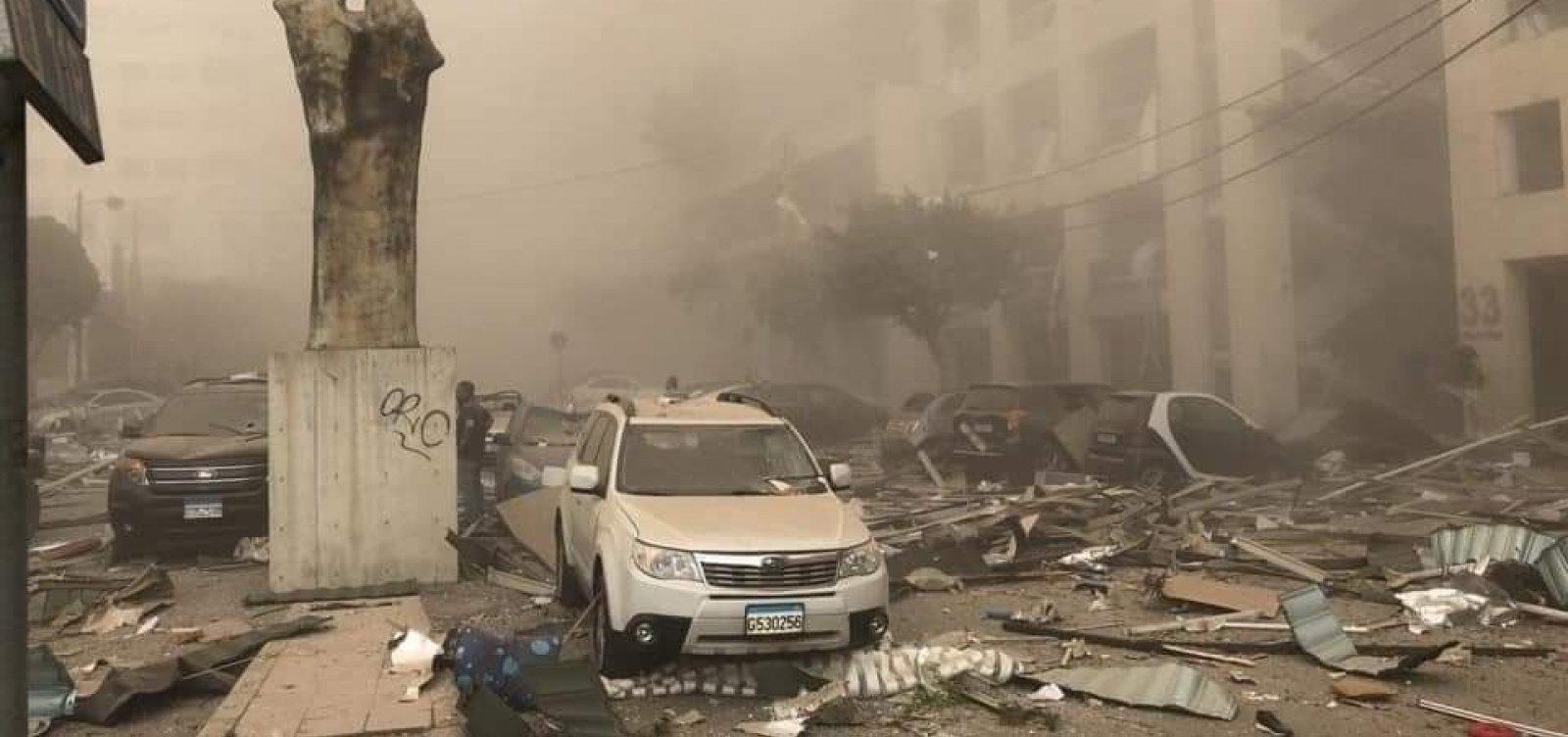 [Explosão em Beirute deixa ao menos 10 mortos, dizem agências de notícias]