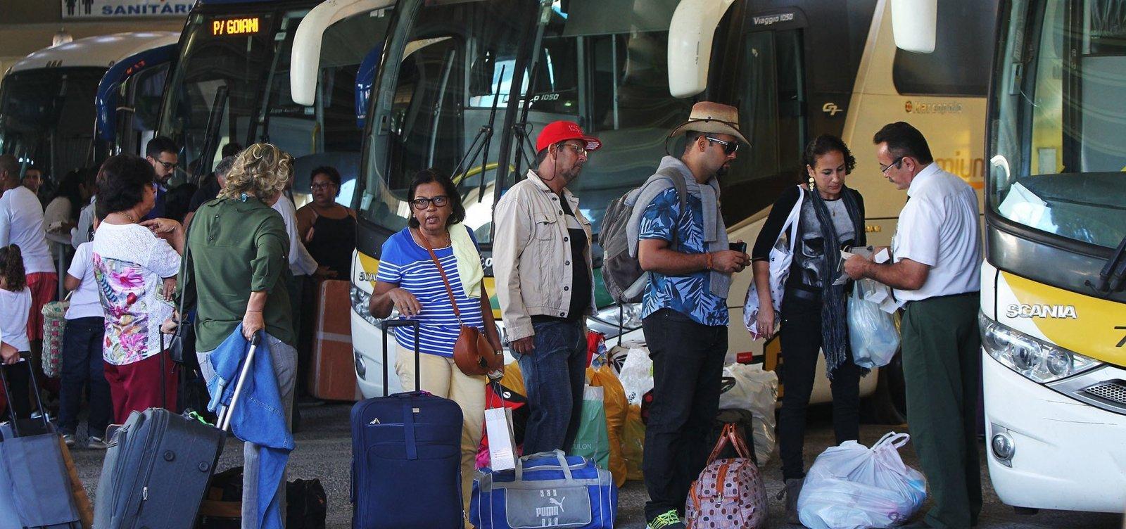 [Bahia tem mais três municípios com transporte suspenso; total chega a 395]