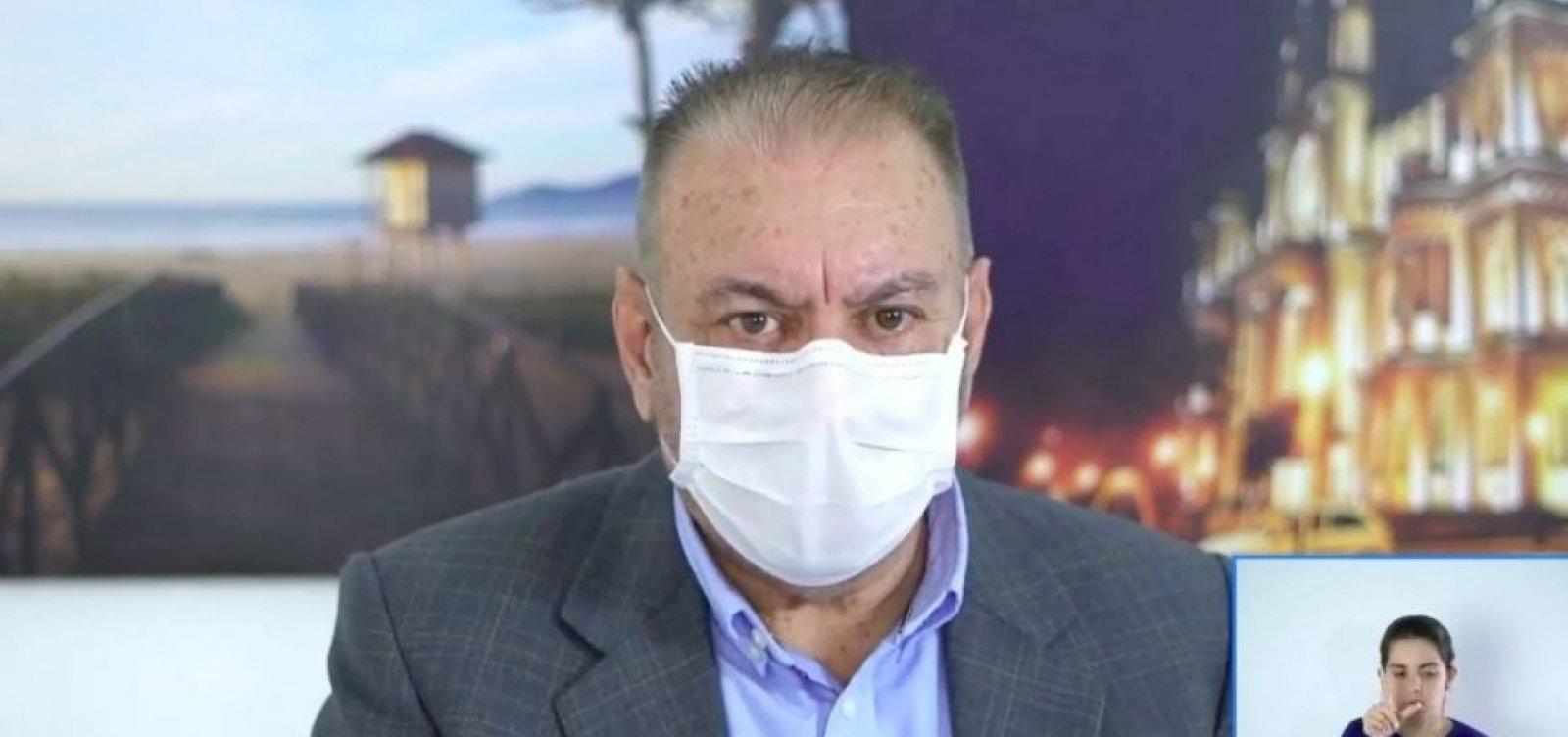 [Médicos que usarem ozonioterapia contra Covid-19 podem ser punidos, diz presidente do CFM]