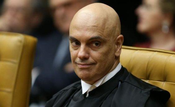 [Alexandre de Moraes mantém quebra de sigilo de investigados por atos antidemocráticos]