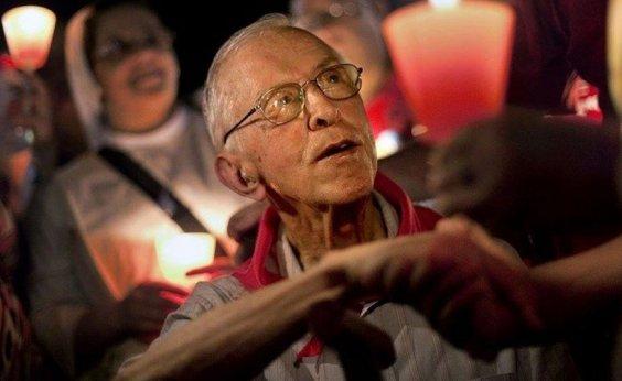 [Morre Dom Pedro Casaldáliga, bispo que enfrentou latifundiários na Amazônia]