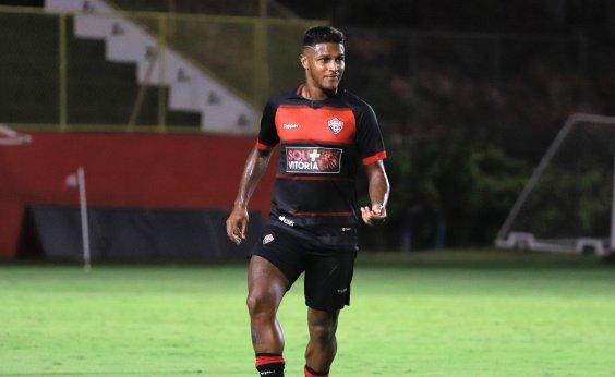 [Com retorno de Rodrigo Andrade, Vitória enfrenta o Figueirense fora de casa nesta quarta]
