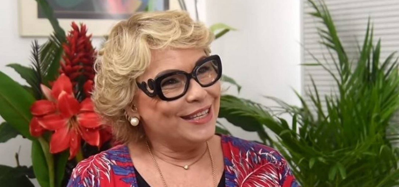 [Enquanto ainda era casada, Rogéria Bolsonaro pagou em espécie por imóvel no RJ]