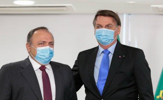 [Pazuello se esquiva sobre falta de isolamento por Bolsonaro: 'Se cumpre ou não, é problema dele']