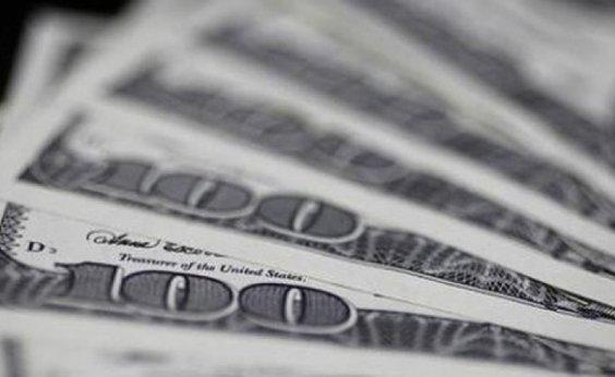 [Dólar fecha em queda, mas segue acima de R$ 5,40]