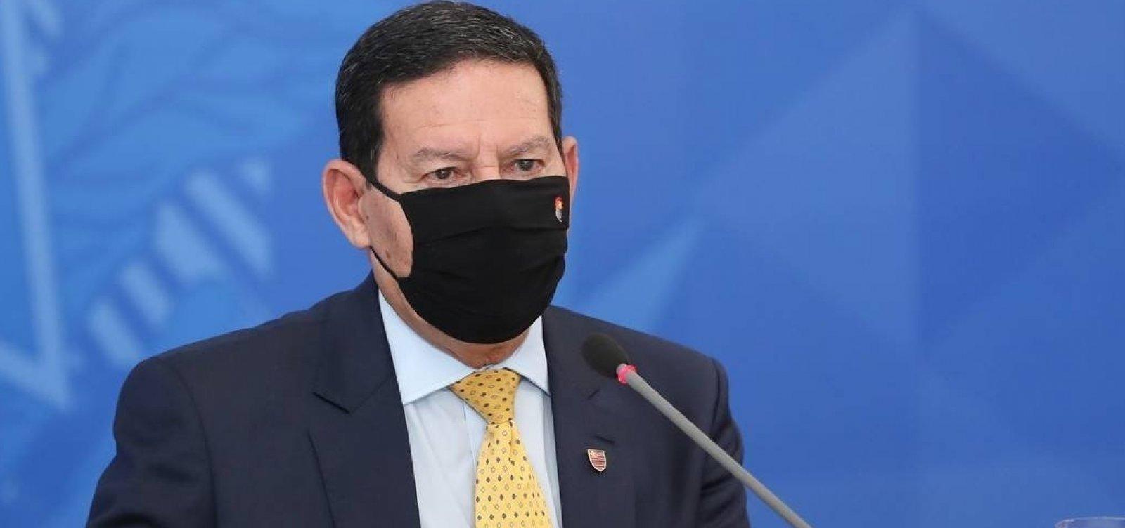[Mourão diz que reforma administrativa está pronta, mas envio depende de 'decisão política' de Bolsonaro]