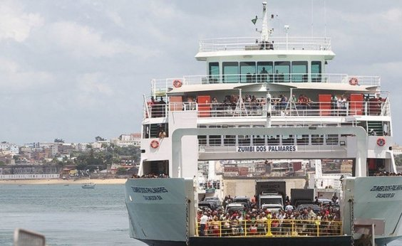 [Com novos horários, ferry-boat e lanchas voltam a operar no final de semana]
