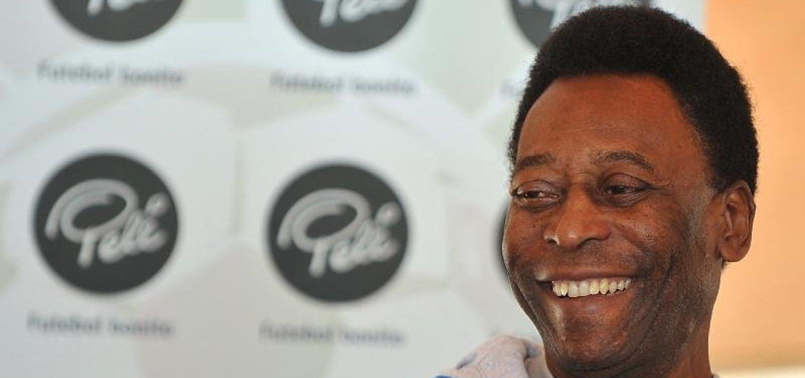 [Ex-mulher de Pelé entra na Justiça para cobrar por pensão alimentícia]