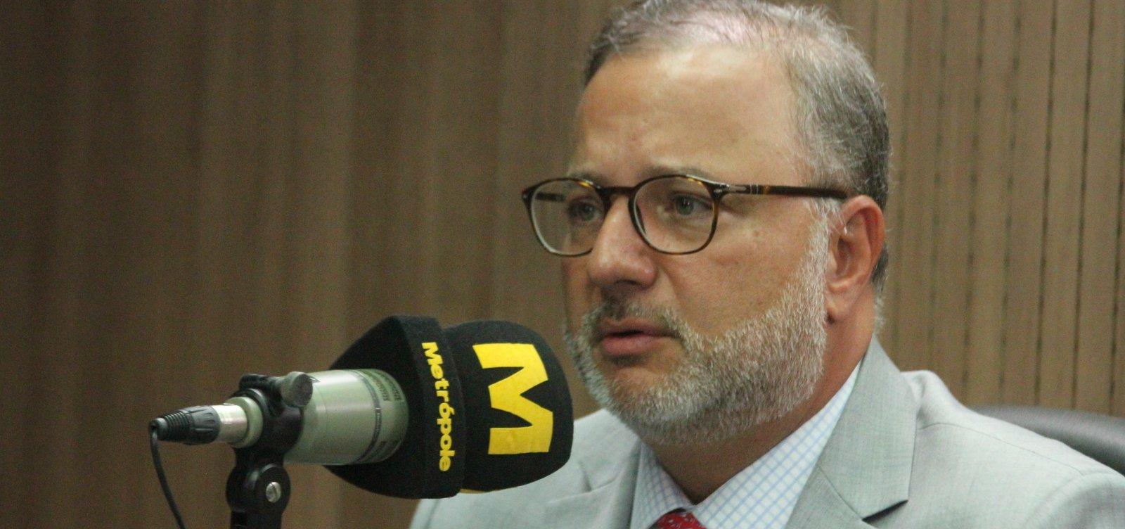 [Secretário diz que alta de mortes diárias por Covid-19 na Bahia é resultado de notificações atrasadas]