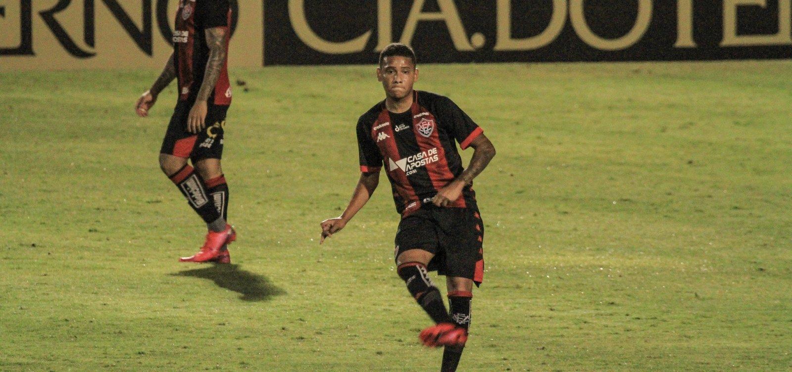 [Vitória perde por 4 a 3 para o Ceará e dá adeus à Copa do Brasil]