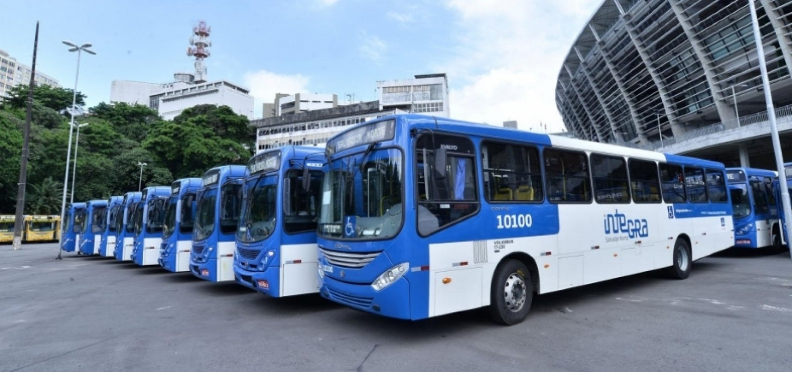 [Salvador tem menos roubos a ônibus pelo quarto mês consecutivo]