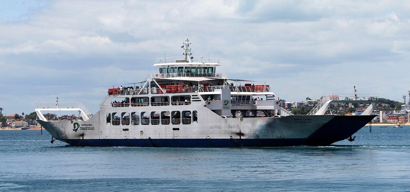 [Ferry registra enorme fila de veículos em Salvador nesta sexta]
