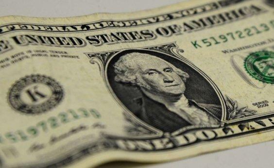 [Dólar fecha em queda nesta segunda negociada a R$ 5,28 ]