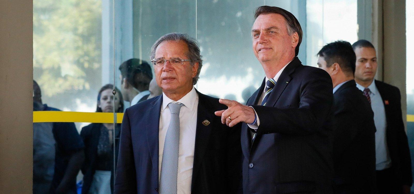 [Bolsonaro avalia corte de R$ 10 bilhões em benefício para deficientes e idosos]