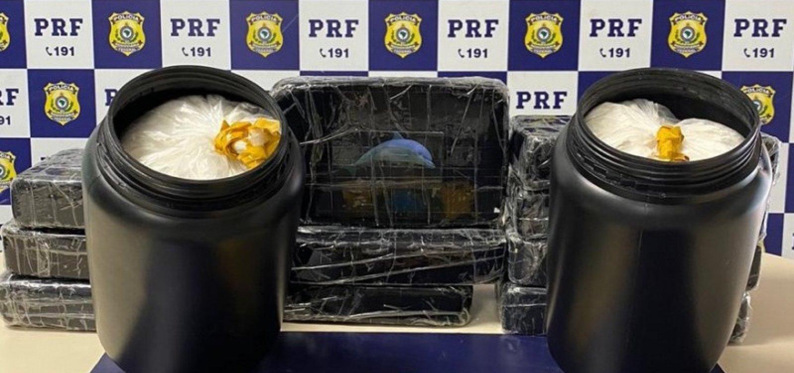 [Taxista é preso em flagrante com 14 kg de cocaína na BR-116]