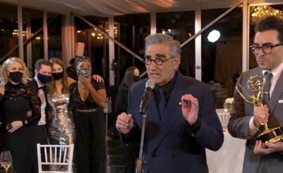 [Emmy 2020: sitcom 'Schitt's Creek' é grande vencedora da 1ª edição virtual do prêmio]