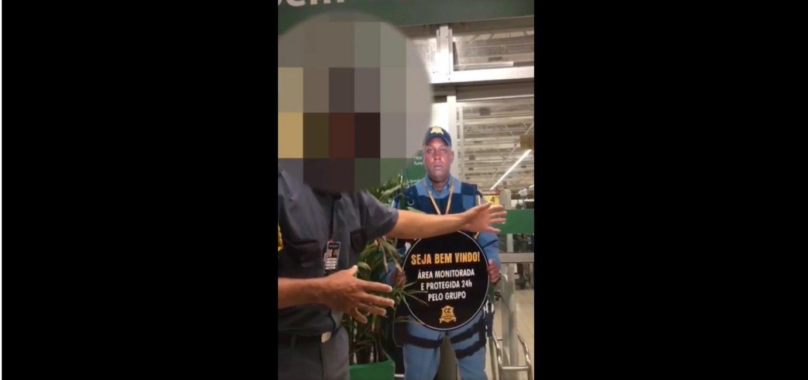 [Segurança tenta impedir homem de entrar em mercado de Salvador por usar short curto; veja vídeo]