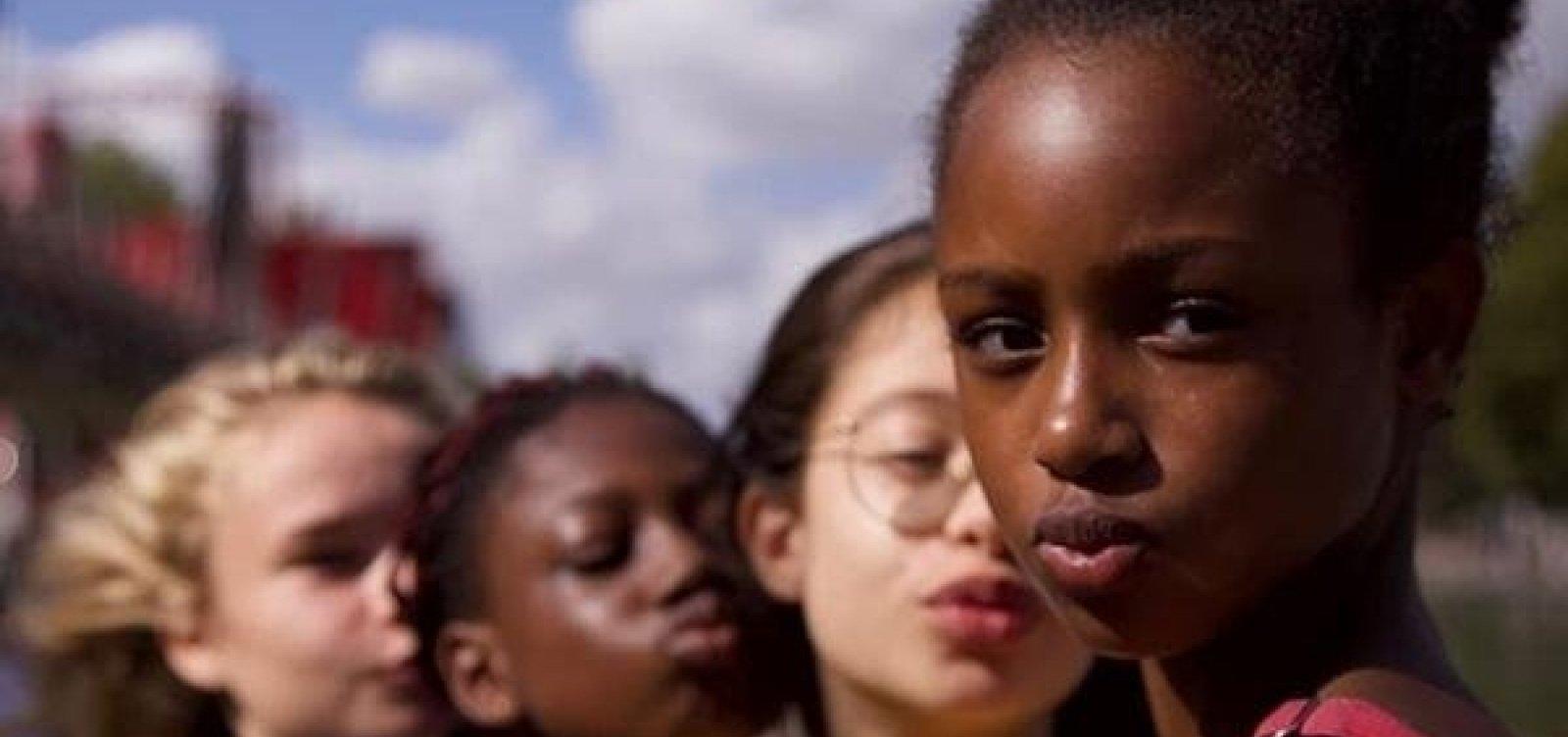 [Governo pede censura de filme da Netflix acusado de sexualizar crianças]