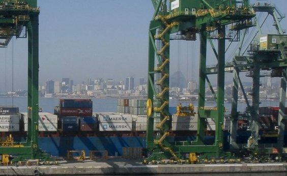 [Na parcial do ano superávit comercial supera barreira dos US$ 41 bilhões ]