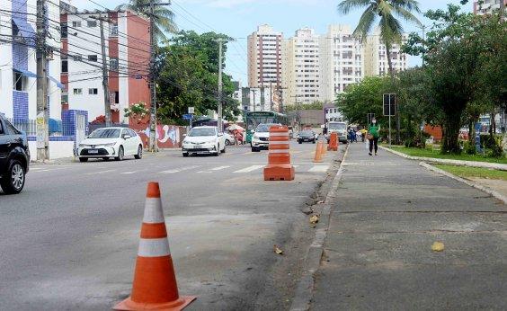 [Após reclamações, prefeitura promove ordenamento de food trucks no Imbuí]