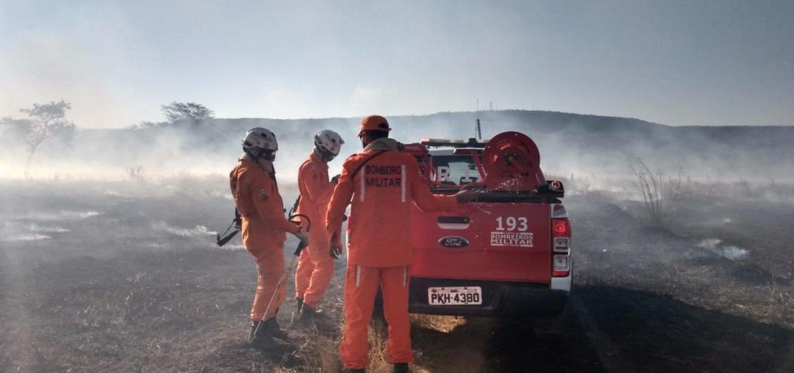 [Mais aeronaves são enviadas para ajudar no combate a incêndio no oeste da Bahia]
