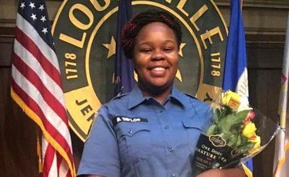 [Apenas um policial vai responder por envolvimento na morte de Breonna Taylor, nos EUA]