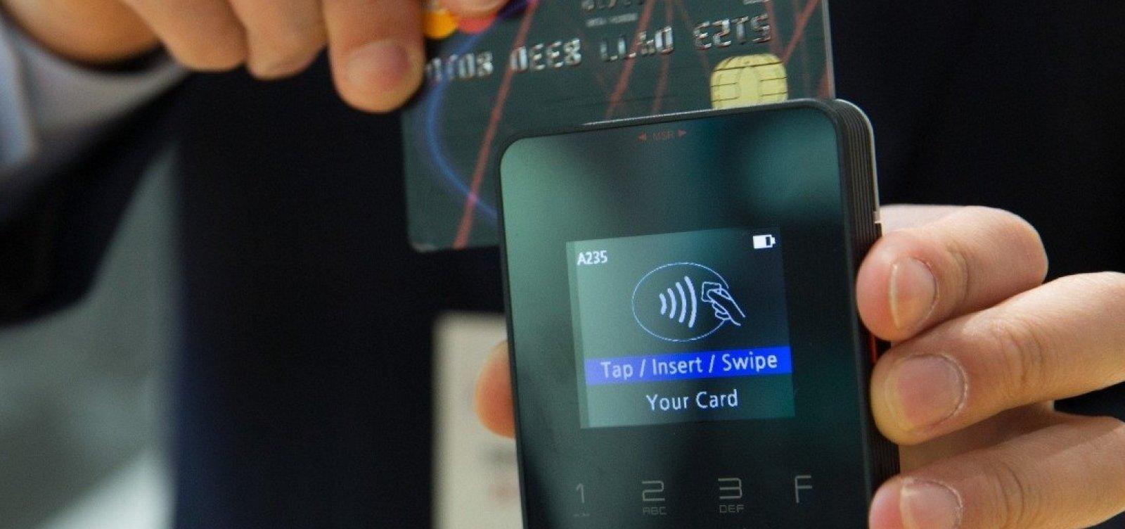 [Governo disponibiliza R$ 10 bi em crédito a micro e pequenas empresas via maquininha de cartão]