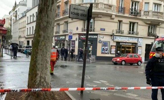 [Ataque com faca deixa 4 feridos perto do antigo endereço do Charlie Hebdo, em Paris]