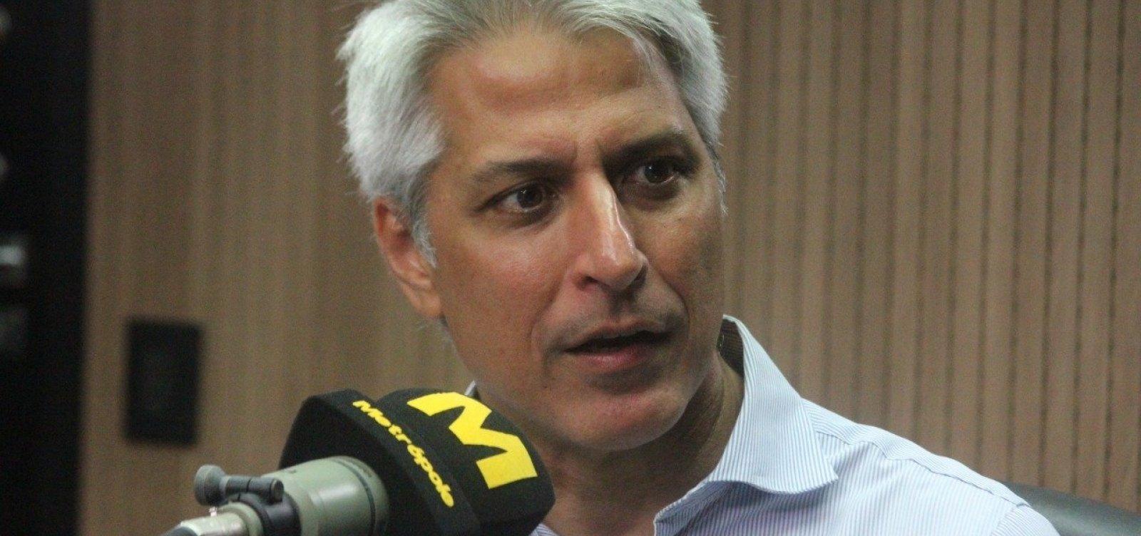[Alessandro Molon diz que ministro Ricardo Salles 'não está utilizando sua inteligência para o bem']