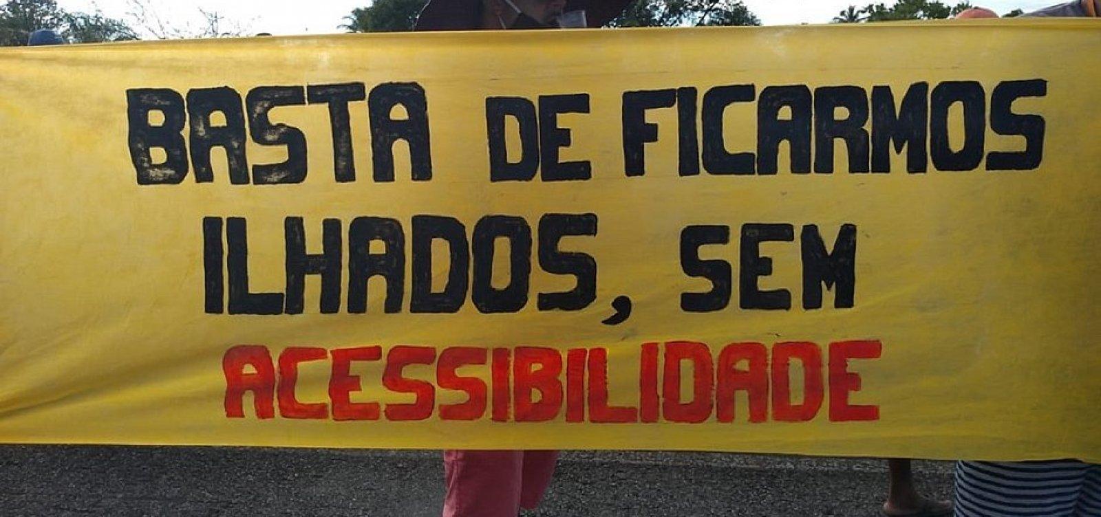 [Moradores de Massarandupió protestam por melhorias no acesso à comunidade]