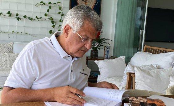 [Bacelar propõe municipalizar hospitais estaduais em plano de governo]
