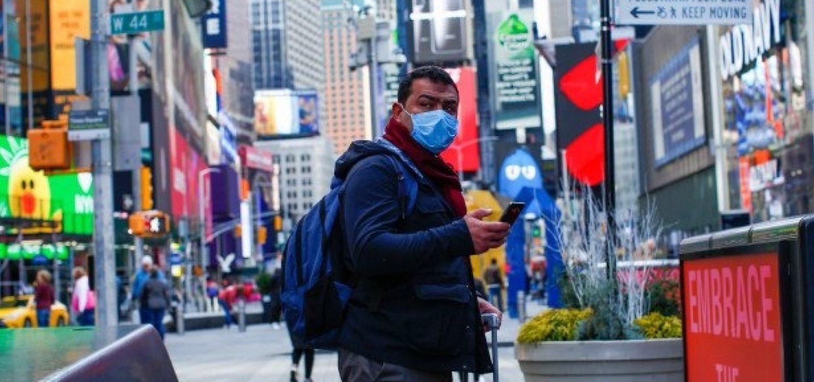 [Covid-19: Alemanha limita festas, e Nova York multará quem se recusar a usar máscara]
