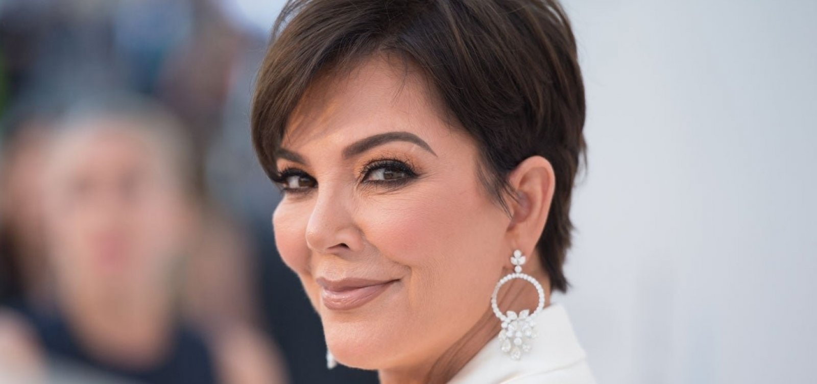 [Segurança acusa Kris Jenner, mãe de Kim Kardashian, de assédio sexual]