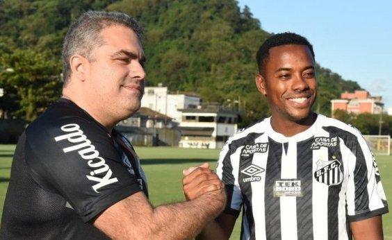 [Santos e Robinho anunciam suspensão de contrato ]