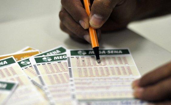 [Mega-Sena sorteia R$ 2,5 milhões neste sábado ]