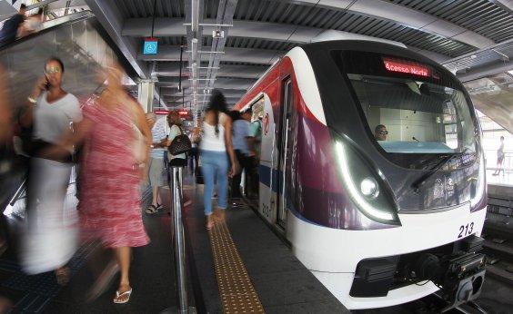 [Mulher cai nos trilhos do metrô na Rodoviária, mas é retirada com vida, diz CCR]