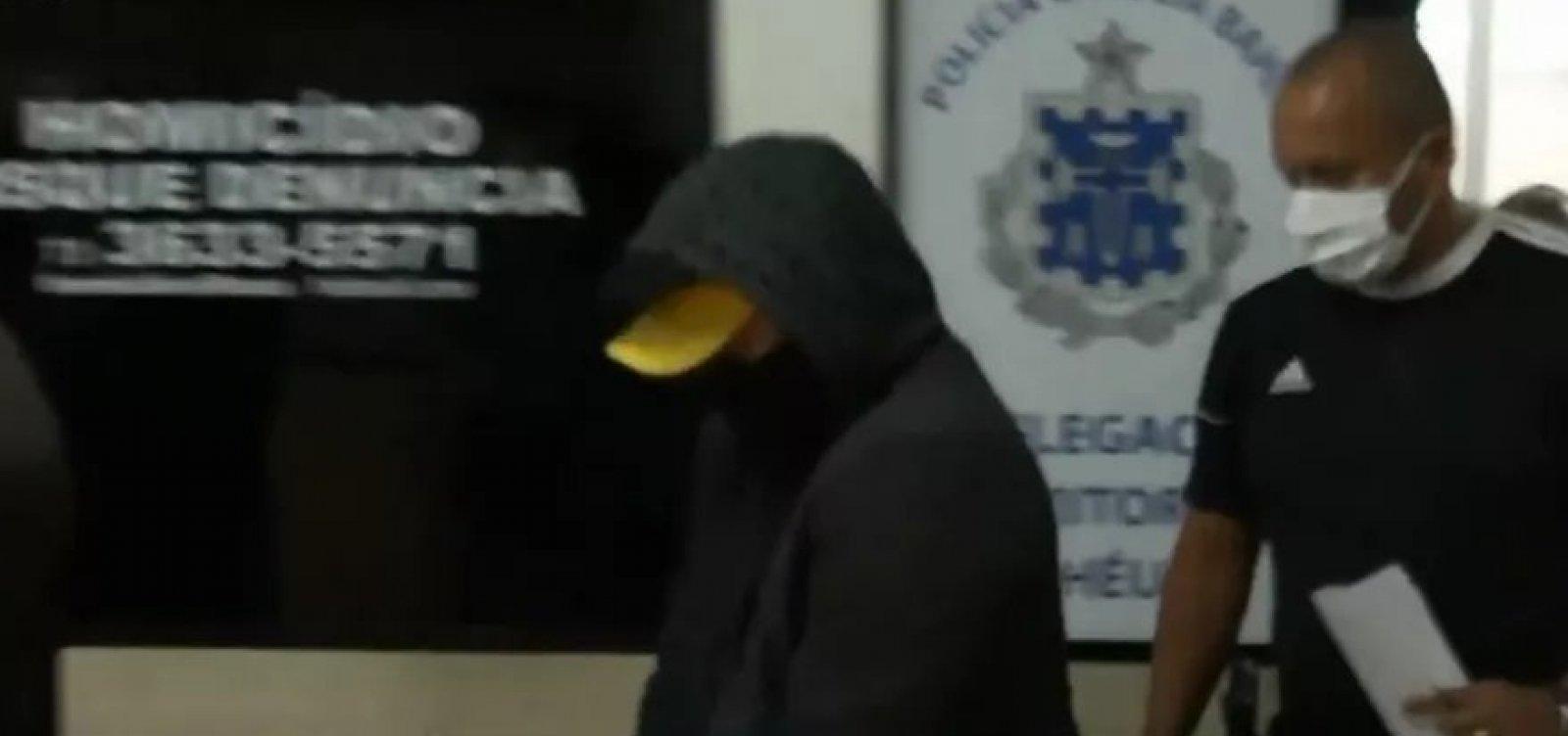 [Ilhéus: homem flagrado em vídeo agredindo mulher com vários socos é levado para presídio]