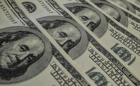 [Com estímulo e dados dos EUA dólar fecha em queda de 0,28% ]