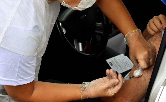 [Não iremos postergar análise de vacina por questões políticas, diz presidente da Anvisa]